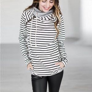 Tops - White striped hoodie